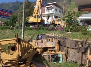 Crane overturns in Thailand