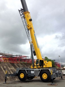 Grove cranes powering LGN construction