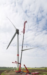 Liebherr puts wind in the sails of power plant