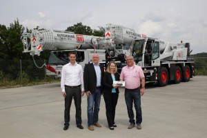 Six new Liebherrs for BKL