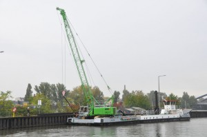 Work on the River Rhine for Sennebogen