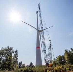 Terex CC 2800 crawler used for erecting wind turbine