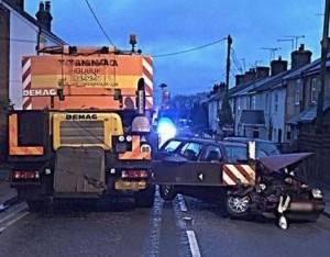 Crane Outrigger catches cars