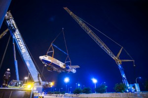 Sarens lifts Boeing for Comair